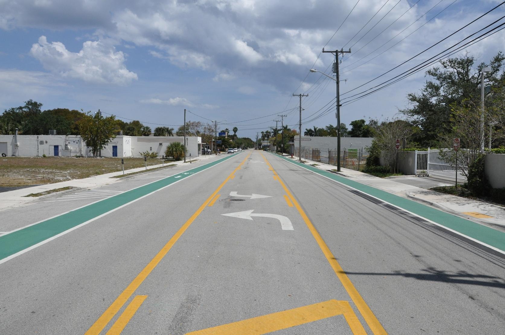 Complete Street, Ft. Lauderdale, Florida.
