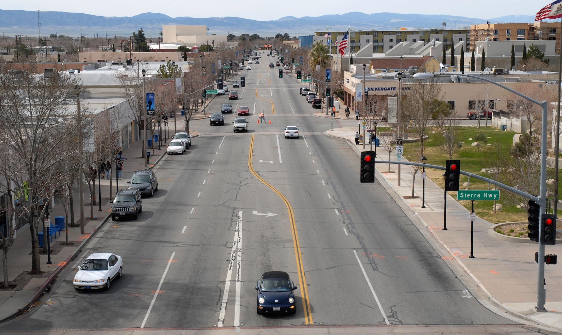 Highway 14, Lancaster, California. Existing conditions circa 2008.