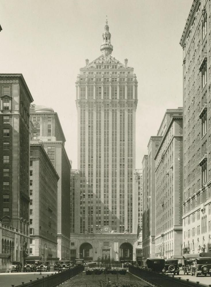 The New York Central Building, 230 Park Avenue, New York, New York, Warren & Wetmore, 1929.